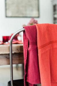 Couleur Chanvre - torchon dentelle grenat et terre de feu - Tea Towel