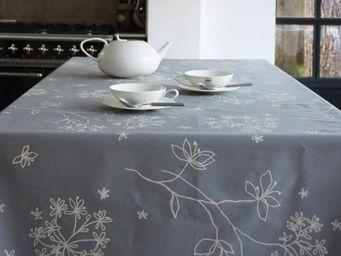 FLEUR DE SOLEIL - astrance grise - Coated Tablecloth