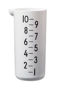 DESIGN LETTERS -  - Measuring Cup