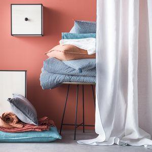 BLANC CERISE -  - Overshadow Curtain