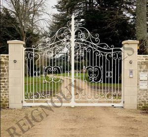 Reignoux Creations - vienne - Entrance Gate