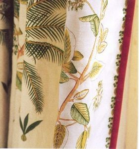 Colefax And Fowler -  - Upholstery Fabric