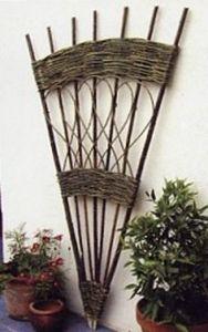 English Hurdle -  - Tree Stake