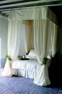 Nathalie Requin -  - Double Canopy Bed