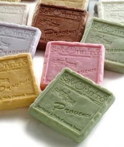 MAITRE SAVONITTO -  - Small Soap Bar