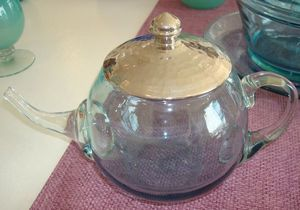 ORIENTAL DESIGN -  - Teapot