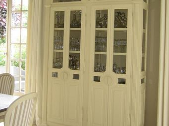 Luc Perron -  - Display Cabinet