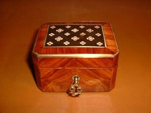 Marysa -  - Pill Box