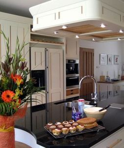 Shortland (crafts) - beautiful bespoke kitchens - Built In Kitchen