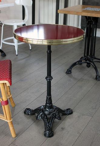 Ardamez - Bistro table-Ardamez-Table de bistrot émaillée rouge / laiton / fonte
