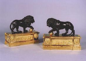Didier Aaron (New York) - Andiron-Didier Aaron (New York)-Paire de chenets aux lions