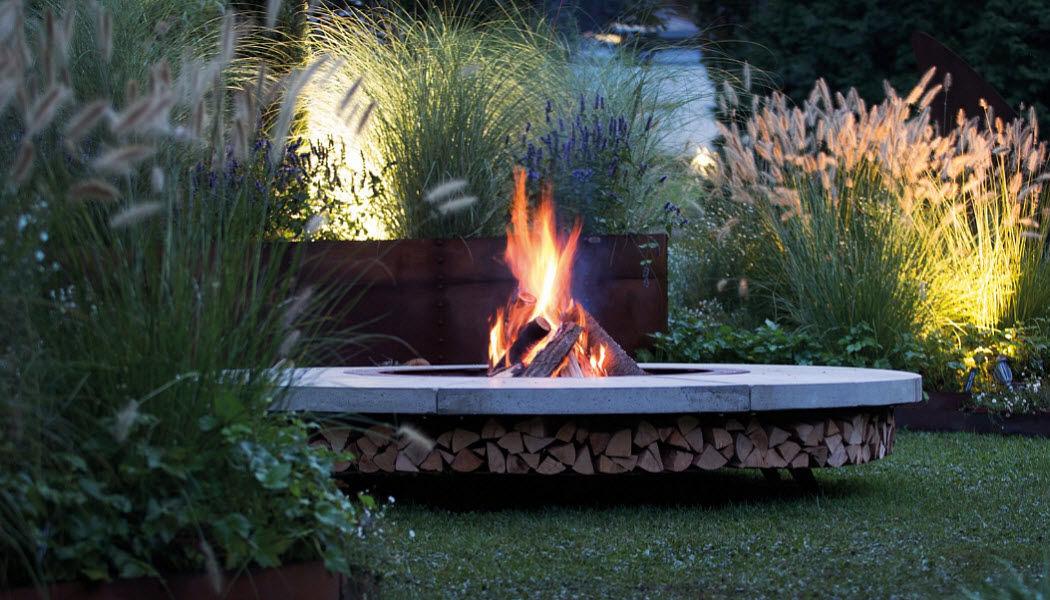 Ak47 design Tisch mit Feuerstelle Gartentische Gartenmöbel  |