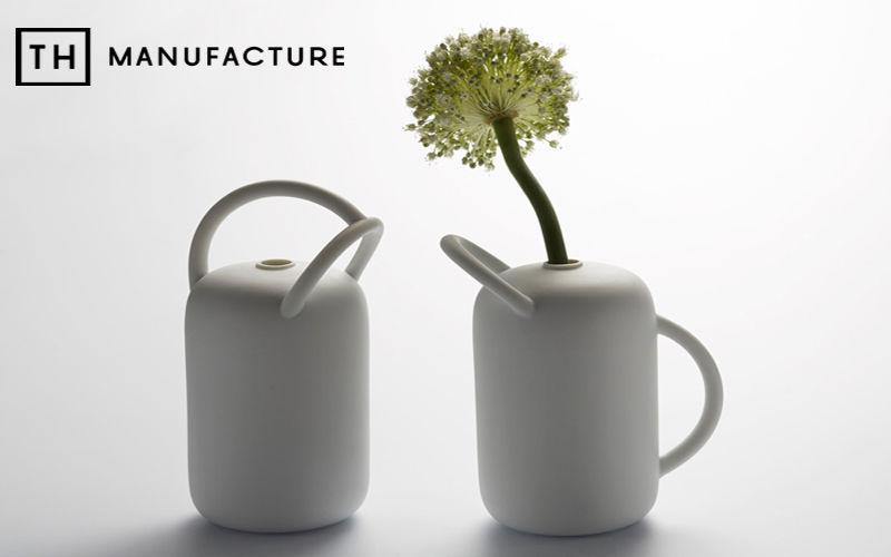 TH MANUFACTURE Stielvase Vasen Blumen & Düfte  |