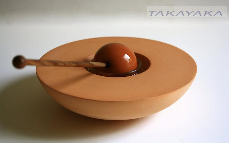 TAKAYAKA  |