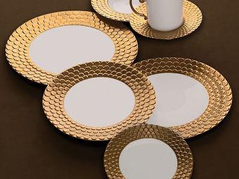 L'OBJET - aegean gold dinnerware - Flache Teller
