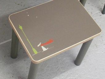 ICI LA TERRE - bureau enfant personnalisable, table et tabouret n - Kindertisch