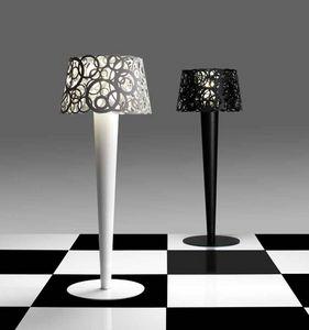 BYSTEEL - idaa - Stehlampe