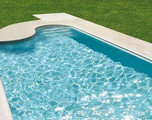 Piscines Magiline -  - Traditioneller Swimmingpool