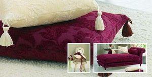 Crowson & Monkwell Fabrics -  - Bezugsstoff