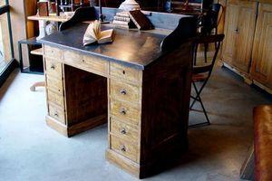 1864 -  - Schreibtisch