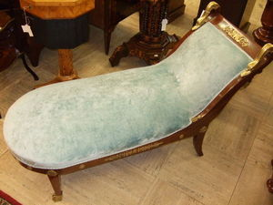 Antiquariato Europeo -  - Liegesofa