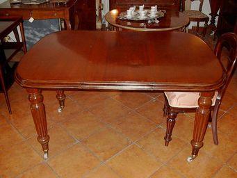 ANTIQUARIATO A. A. ZANNA -  - Ausziehbarer Tisch