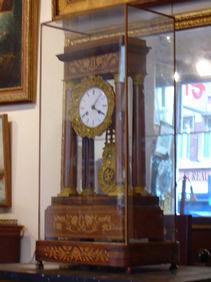 Courcelles Antiquités - pendule charles x - Portico Uhr
