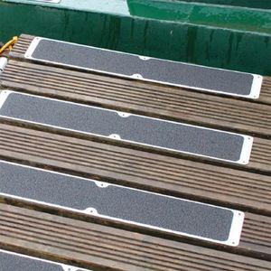 WATCO FRANCE - plaque super agrippante - Treppenkanten