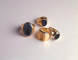 Benneton -  - Ring