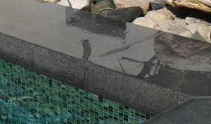 Rouviere Collection -  - Schwimmbeckenrand