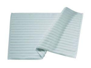 BLANC CERISE - tapis de bain céladon - coton peigné 1000 g/m² - Badematte