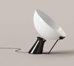 KARAKTER - aida - Tischlampen