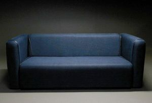 Ecart International -  - Sofa 2 Sitzer