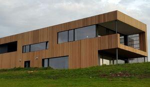 WOOD & ROOF -  - Geschossiges Haus