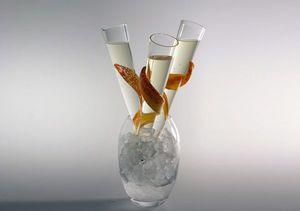 CERVA design - flame - Champagnerkelch
