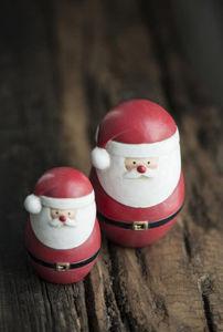 IB Laursen - santa claus standing - Weihnachtstischdekoration