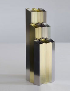 L'ALUFACTURE - novem - Vasen