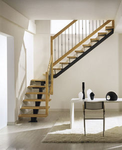 NOVALINEA - monotrave classic - Viertelgewendelte Treppe