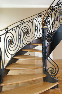 Atelier Benoît Hérouard - escalier balancé - Wendeltreppe