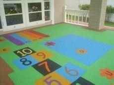 Charles Lawrence Surfaces - revêtement amortissant playtop - Spielplatz