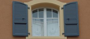 FAVOROL PAPAUX -  - Klapp Lamellenfensterläden