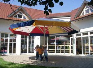 M. & D. Gee -  - Riesensonnenschirm