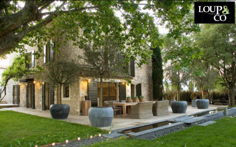 LOUP & CO Terraza acondicionada Creación de jardines Jardín Diverso Terraza | Rústico