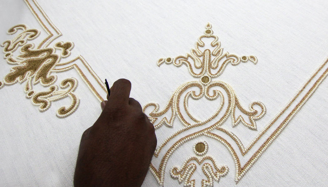 LESAGE INTÉRIEURS Bordado Telas decorativas Tejidos Cortinas Pasamanería  |