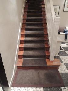Alfombra de escalera