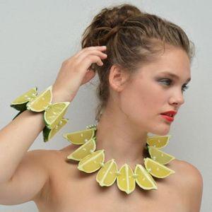 INEKE OTTE -  - Collar