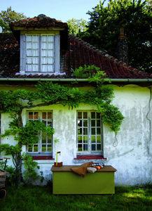 TRADEWINDS -  - Baúl De Jardín