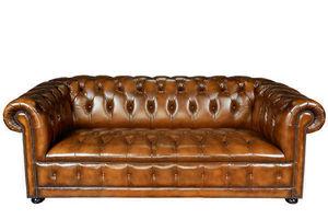 British Deco - 1003 - Sofá Chesterfield