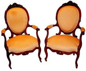 Antiquités SANT VICENS - fauteuils à dossier - Sillón Medallón