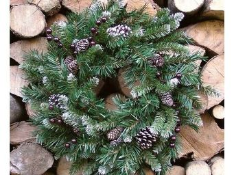 Deco Factory - couronne de sapin artificiel berry � 50 cm - Decoraci�n De �rbol De Navidad